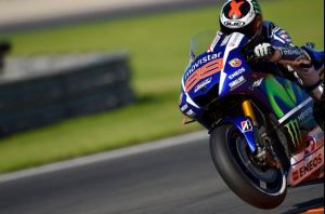 Lorenzo in action at Valencia. Photo: Movistar Yamaha